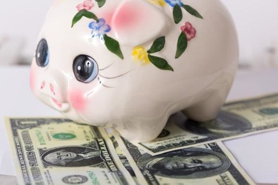 ファミリー世帯の平均貯蓄額は1,729万円ってホント?