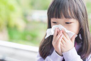 子どもも花粉症対策を!症状はや親ができることとは?