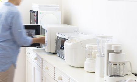 レンジや冷蔵庫は要注意!家電にかかる費用をおさえるテクニック