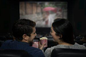 現代消費文化を斬る-若者が映画館から離れた「4つの理由」